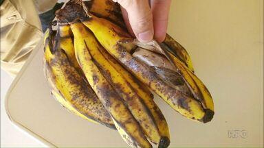 Bananas recheadas com maconha, que seriam entregues a preso, são apreendidas pela Polícia - Situação inusitada aconteceu em Umuarama.