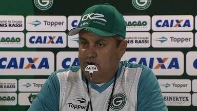 Técnico Gilson Kleina deixa o Goiás e deve assumir comando da Ponte Preta - Segundo nota emitida pelo Alviverde, uma reunião definiu o fim da passagem do treinador, que já teria acertado com a diretoria da Macaca para retornar ao clube.