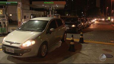 Aumento da gasolina surpreende motoristas na capital e no interior - Os condutores levaram um susto com os aumentos praticados de um dia para o outro. Veja um giro pelo estado.