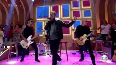 Biquini Cavadão abre o 'Encontro' com 'Zé Ninguém' - Banda agita a plateia e convidados do programa