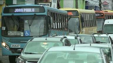 141 assaltos a ônibus foram registrados em dois meses de 2017, diz Sttrema - 141 assaltos a ônibus foram registrados em dois meses de 2017, diz Sttrema