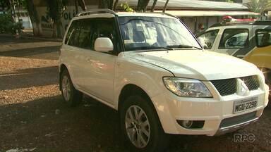 Cinco jovens foram presos em flagrante dentro de um carro roubado - Eles foram abordados pela Guarda Municipal depois de uma denúncia anônima.