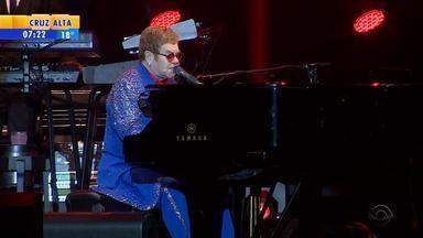 Elton John e James Taylor emocionam de teens a veteranos em dobradinha em Porto Alegre - Músicos se apresentaram na noite desta terça-feira (4) no Anfiteatro Beira-Rio em shows separados.