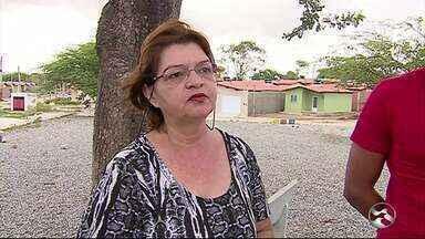 Moradores falam sobre insegurança em Lagoa de Pedra, em Caruaru - Presença de assaltantes é constante na comunidade.