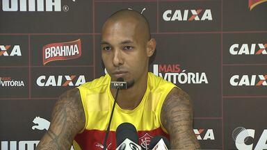 Zagueiro do Vitória fala sobre as expectativas para o jogo contra o Bahia - Confira as notícias do rubro-negro baiano.