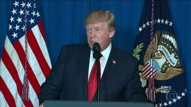 EUA atacam base aérea na Síria em resposta a uso de armas químicas - Às 3h40, horário da Síria, foram disparados 59 mísseis Tomahawk. Governo sírio diz que nove pessoas morreram, entre elas quatro crianças.