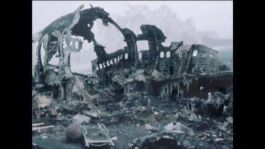 Após 40 anos, sobrevivente relembra maior tragédia da história da aviação - No dia 27 de março de 1977, dois aviões colidiram na pista de aterrissagem do aeroporto de Santa Cruz de Tenerife, nas Ilhas Canárias, deixando 572 mortos.