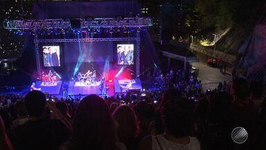 Aulas de tango e show do Roupa Nova animam a noite dos casais, em Salvador - Veja como foi o show repleto de sucessos e muito romantismo e confira uma aula de tango na Fundação Gregório de Matos.