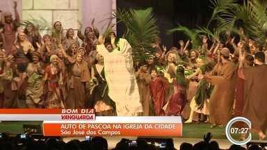Auto de Páscoa atrai milhares à Igreja da Cidade em São José dos Campos - Mais de mil voluntários participam da encenação.