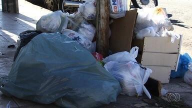 Moradores reclamam da falta de coleta de lixo em bairros de Goiânia - Prefeito Iris Rezende responde perguntas da população e avalia os primeiros 100 dias de administrações.