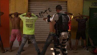 Policiamento ostensivo nas ruas ganha reforço do BPTran - Ação está sendo realizada desde o começo do ano com o objetivo de combater o tráfico de drogas e outros crimes.