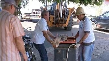 Moradores de Reginópolis recebem o Projeto Cidade Limpa - Até o dia 13 de abril os moradores de Reginópolis (SP) recebem o Projeto Cidade Limpa, que é uma iniciativa da TV TEM em parceria com as prefeituras municipais.