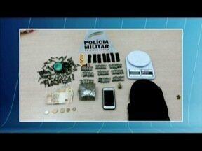 Drogas e balança de precisão são apreendidas no Bairro Betânia, em Ipatinga - Munição, dinheiro e celular também foram encontrados.