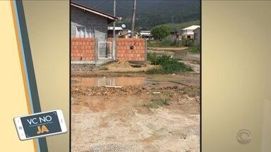 'VC no JA': Morador mostra situação das ruas do bairro Pontal, na Grande Florianópolis - 'VC no JA': Morador mostra situação das ruas do bairro Pontal, na Grande Florianópolis