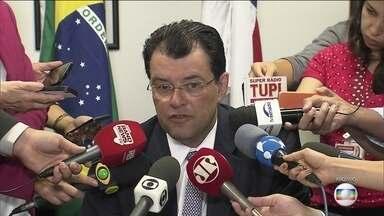 Eduardo Braga é investigado por corrupção, lavagem de dinheiro e advocacia administrativa - Eduardo Braga é investigado por corrupção, lavagem de dinheiro e advocacia administrativa.