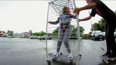 """A gaiola que liberta: Esporte Espetacular mostra a história de superação de Íris Assis - Menina de 12 anos é filha do skatista Ricardo Assis """"Porva""""."""