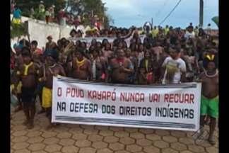 Índios protestam contra ações do Governo Federal, em São Félix do Xingu, no sudeste do PA - Eles são contra a remarcação de terras e a construção de hidrelétricas na Amazônia