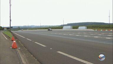 Confira dicas para enfrentar a estrada no feriado de Tiradentes - Mais de 130 mil veículos devem passar pela Rodovia Washington Luís (SP-310) durante os próximos dias.