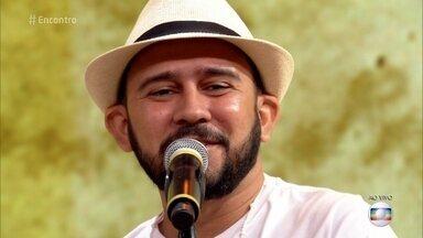 Bráulio Bessa declama cordel sobre a valorização da vida - Veja o 'Poesia com Rapadura' desta semana!