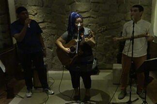 """Exposição e música são atrações culturais no Alto Tietê - Suzano terá apresentação da Banda Alumiê e exposição """"Sob Olhar""""."""