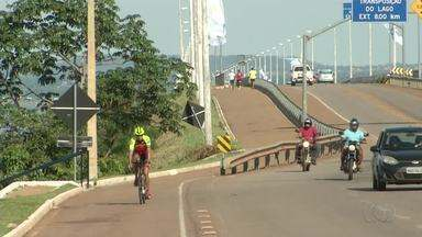 Atletas se preparam para participar do Ironman - Atletas se preparam para participar do Ironman