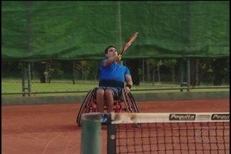 Uberlândia recebe 4ª edição do Open Wheelchair Tennis no fim de semana - Mais de 50 paratletas participam da competição a partir de quinta-feira, na quadra do Praia Clube. Participam tenistas da Argentina, Equador, Chile, Brasil e Colômbia