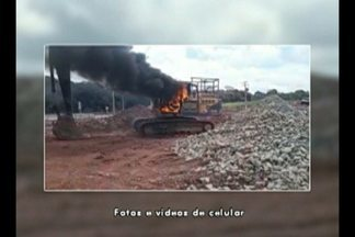 Grupo de manifestantes invadiu aterro de Marituba e queimou máquinas e escritórios - Invasão aconteceu nesta sexta-feira (21).