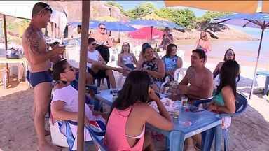Movimento de turistas no Sul do ES durante o feriado é abaixo do esperado - Nem o fim de semana ensolarado atraiu os turistas.