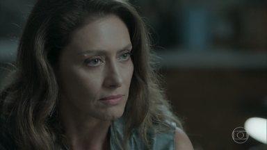 Joyce avisa a Ruy que Cibele rompeu o noivado - Ivana afirma que a mãe está pegando pesado com Ritinha
