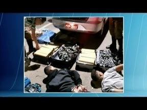Homens são presos transportando 55 kg de maconha em táxi na BR-259 - Eles disseram à polícia que a droga seria levada de Diadema (SP) para Serra (ES).