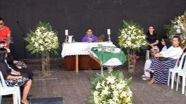 Assista primeiro bloco do CETV1 desta terça-feira (2) - CETV mostra como foi o enterro do cantor Belchior