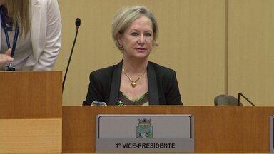Inês Weizemann renuncia ao cargo de Presidente da Câmara em Foz - Ela irá assumir a pasta da secretária de saúde.