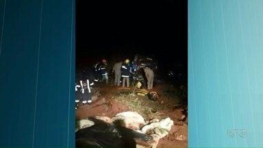 Tia de jogador do Santos que morreu em acidente será enterrada em Paranavaí - Os pais do atleta Rafael Longuine também morreram na batida entre um carro e um caminhão, na BR 376, em Alto Paraná. Todos os velórios serão em Maringá.