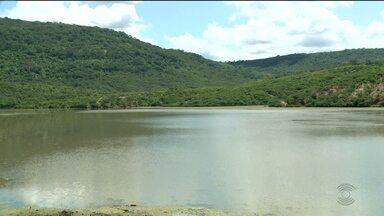 Após chuvas, veja como está a situação das cidades do Sertão da Paraíba - Tem município que tem açude com pouca água e racionamento reduzido e tem cidade com açude cheio, mas os moradores não tem água na torneira.