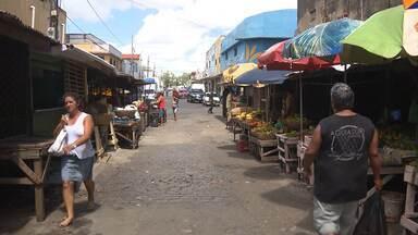 Comerciantes cobram revitalização da feira central de Campina Grande - Eles também pedem por mais segurança no local.