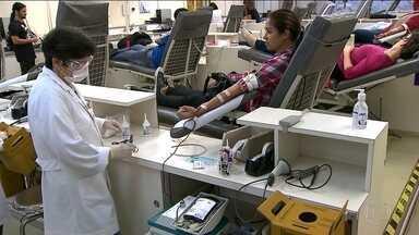 Estoques da Fundação Pró-Sangue estão em situação crítica e alerta por falta de doadores - Enquanto isso, o Hemocentro do Hospital São Paulo está dispensando doadores porque não tem bolsas para armazenar o sangue coletado.