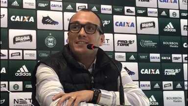 """Alex Brasil, diretor do Coritiba: """"Quando trouxemos o Galdezani ninguém acreditava"""" - Alex Brasil, diretor do Coritiba: """"Quando trouxemos o Galdezani ninguém acreditava"""""""