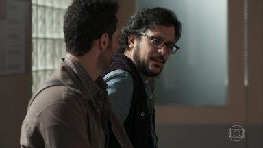 Roney desabafa com Bóris - Ele pede ajuda a Dóris para convencer Keyla a ir para casa com o bebê