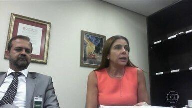 Mônica diz que pagou cabeleireiro de Dilma mesmo após campanha - 'Dilma pediu que eu pagasse Kamura quando ele ia atender no Alvorada'. Em quatro anos, segundo disse, ela pagou R$ 40 mil ao cabeleireiro.