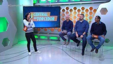 """Técnicos da dupla GreNal desejam um """"Feliz Dia das Mães"""" - Antônio Carlos Zago e Renato Portaluppi mandam recado para as mães."""
