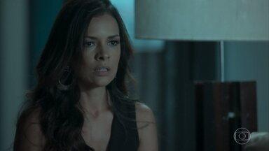Shirley sai da casa de Dantas levando tudo - Casal discute, e o advogado culpa a namorada pelas últimas que Cibele aprontou