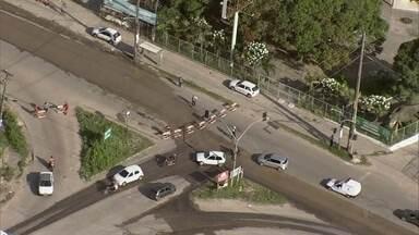Obras fecham trecho da Perimetral, em Olinda, e deixam o trânsito complicado - Imagens do GloboCop mostram o engarrafamento
