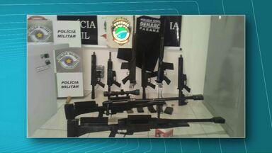 Morador de Corbélia é preso por tráfico - O caminhão que ele dirigia transportava quase cinco toneladas de maconha, armas e munição.