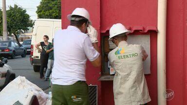Sete pessoas são presas em Limeira suspeitas de roubo de energia elétrica - Homem se passava de engenheiro da Elektro e adulterava equipamentos de empresas que queriam pagar menos pelo consumo.