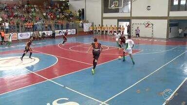 Oito times brigam pelas quatro vagas nas semifinais da Copa Rio Sul de Futsal - Jogos de volta acontecem no próximo fim de semana. Tem jogador de olho também na artilharia.