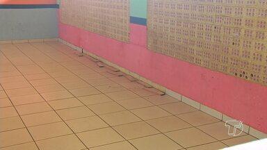 Problemas estruturais prejudicam aulas em Umei no bairro Maracanã - Dois compartimentos foram interditados pela direção da unidade.