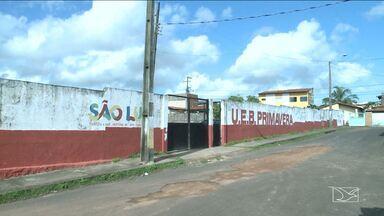 Escola tem aulas suspensas por conta de esgoto em São Luís - Escola municipal teve as aulas suspensas nessa sexta-feira (19), no bairro do Cohatrac, em São Luís.