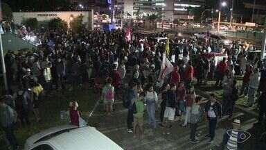 Grupo vai às ruas em Vitória para pedir saída de Temer e eleições diretas - Após acusações de que teria dado aval para comprar o silêncio de Cunha, Temer disse que não irá renunciar.