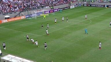 Melhores momentos de Atlético-MG 1 x 2 Fluminense pela 2ª rodada do Campeonato Brasileiro - Henrique Dourado e Richarlison marcaram para o Tricolor, enquanto Gabriel descontou para o Galo.