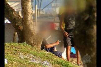 Vídeos mostram venda de drogas na orla do distrito de Icoaraci, em Belém - Equipe da TV Liberal foi até o local e flagrou vários casos.